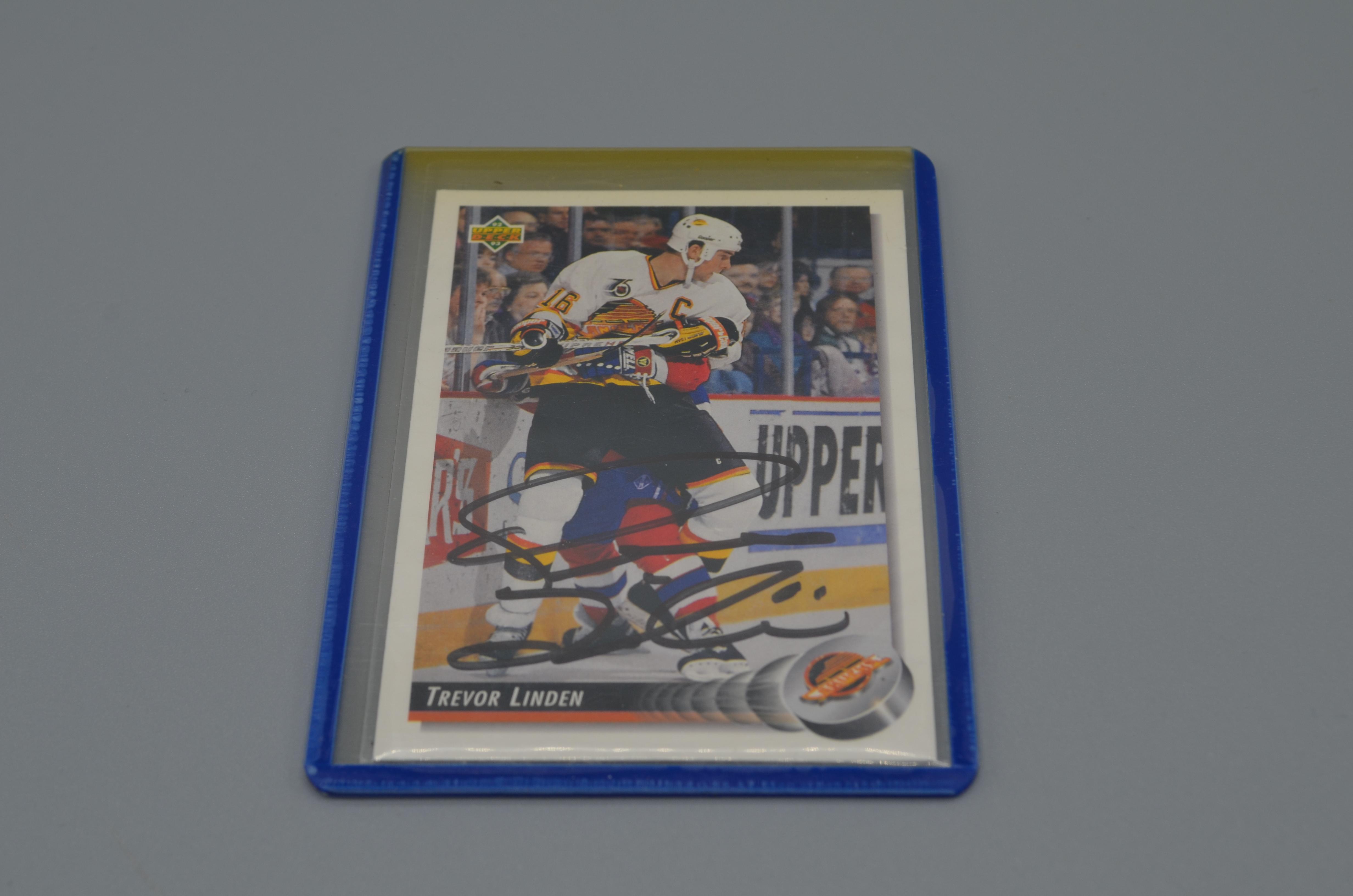 Trevor Linden Signed Hockey Card online auction